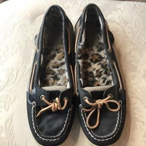 Sperry size 9.5